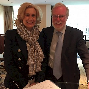 University of Zurich - Sonja Dinner with Prof. Sir Paul Collier from Oxford University discussing  plans how to improve the conditions of the poor in Africa and how to regulate the streams of refugees in a human way in Europe.